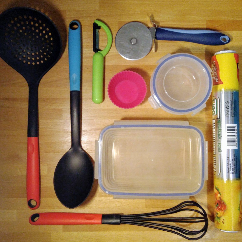 """Materiały iwyroby przeznaczone dokontaktu zżywnością. Czyplastik jest """"bezpieczny""""?"""