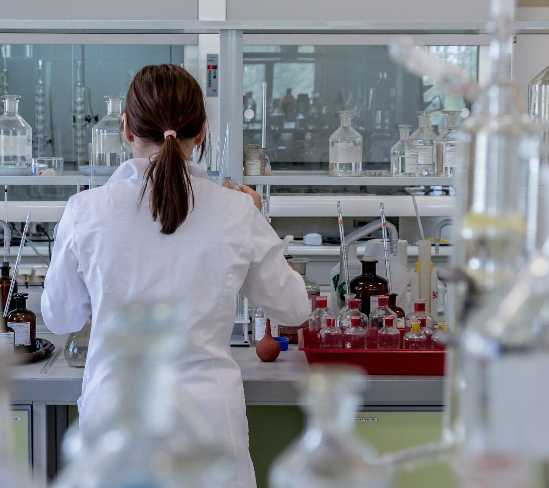 HACCP dla Ciebie wyjaśnia- pobieranie próbek żywności oddrobnych producentów przezInspekcję Sanitarną
